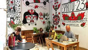 Café del coworking espíritu23